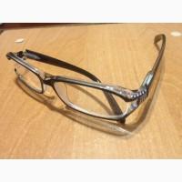 Продаю очки новые. Единица с черной оправой и стразами 2000 руб