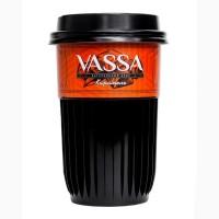 Кофе молотый VASSA в стакане с натуральным сиропом Карамель