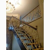 Изготовление деревянных лестниц на второй этаж заказать