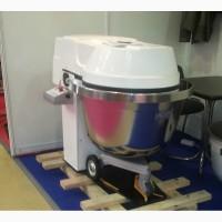 Двухскоростная тестомесильная машина ТМ-140М2 без дежи