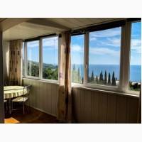 Продам 3-х комнатную квартиру в Партените с шикарным видом