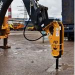 Гидромолот Dfine-5 (Англия/Корея) на экскаваторы-погрузчики 5-10 тонн