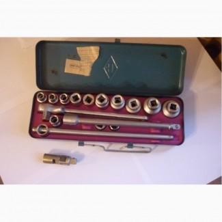 Продам набор шоферского инструмента