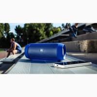 Charge2+ портативная акустическая система с защитой от брызг и стильные наушники