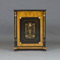 Антикварный комод из карельской березы. 19 века