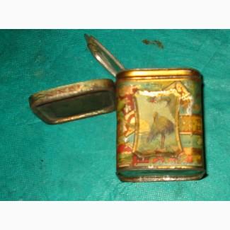 Железная коробочка из-под чая с двойной крышкой